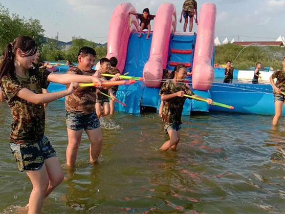 青少年素质训练营